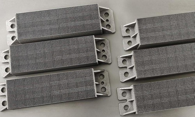 3D-printed product by refractory metal